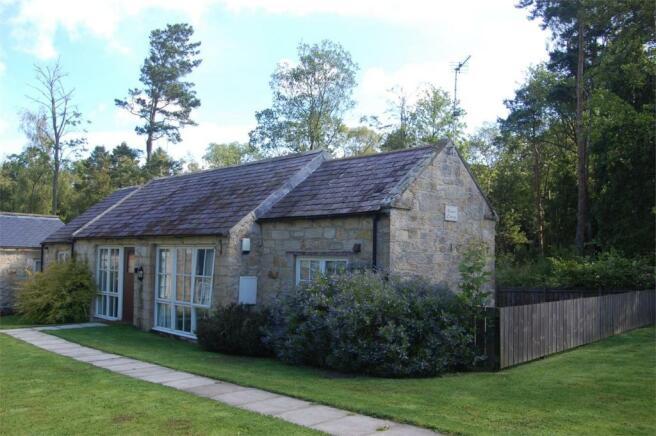 1 bedroom detached bungalow for sale in kizzies cottage for Cottages and bungalows for sale