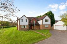 5 bed Detached home in Longcross Road...