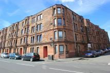 Flat to rent in Petershill Road, Glasgow...