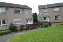 2 bedroom End of Terrace property in Simons Crescent, Renfrew...