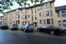 Flat to rent in New Kirk Road, Bearsden...