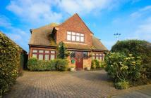 4 bedroom Detached home for sale in Lyndhurst Road...