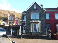 4 bed End of Terrace house in 96 Neath Road...