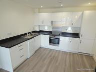 Flat to rent in Salisbury Road, Southall...