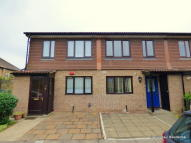 LITTLEWOOD CLOSE Terraced property to rent