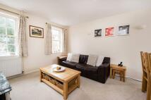 2 bedroom Flat in Blandford Court...