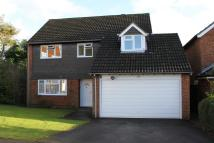 4 bed Detached house in Hyrons Close, Amersham...