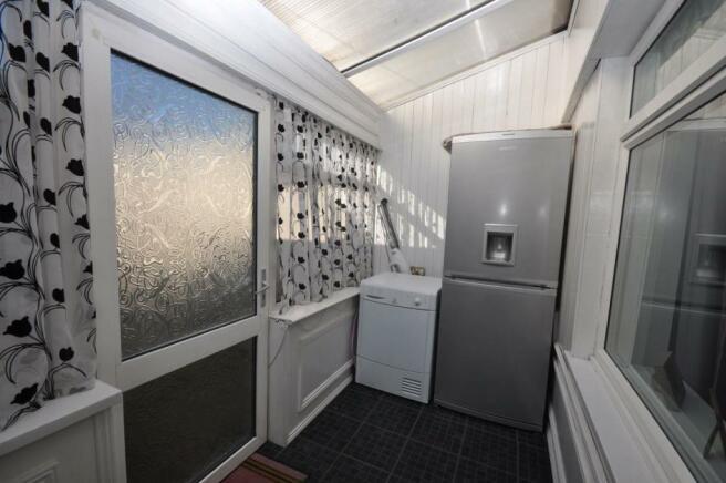Sun Room/Utility