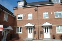 4 bed Town House to rent in Hawksley Grange...