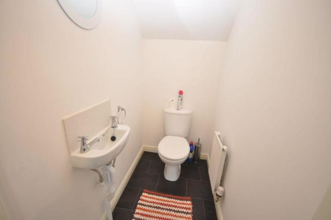 Groundfloor Wc/cloak
