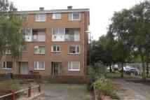 Flat to rent in  Five Lamps Court
