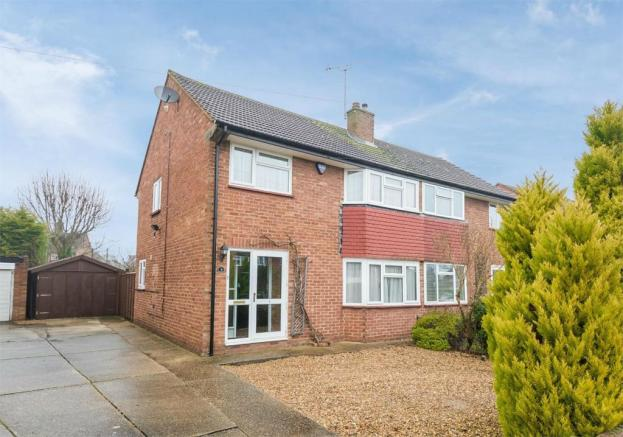 House For Sale Whitehouse Way Iver Heath
