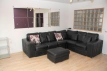 3 bedroom Town House to rent in Jackson Crescent, Hulme...