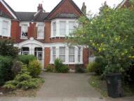 1 bedroom Studio flat in Penerley Rd, Catford...