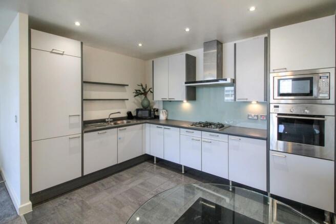 Kitchen area2.jpg