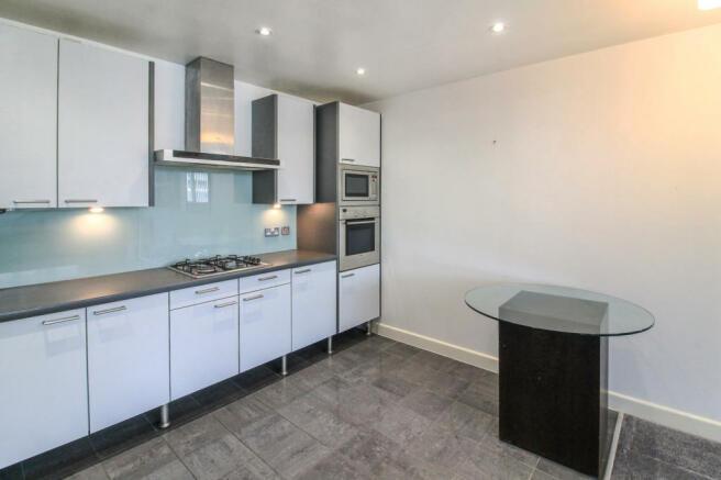 Kitchen area angle2.