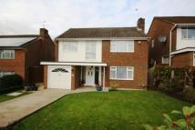 4 bed Detached property in Kingswood Close...