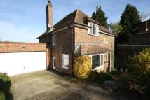 5 bedroom Detached house in High View Road...