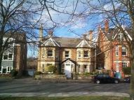 1 bed Flat to rent in Dene Road, Guildford...