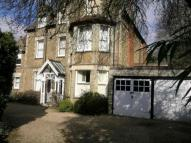 2 bed Flat in Albury Road, Guildford...
