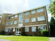 Flat to rent in Jordans Close, Guildford...