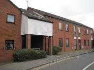 Flat to rent in Kings Road, Guildford...