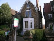 Flat to rent in Epsom Road, Guildford...
