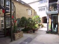 1 bed Ground Flat in Abbotts Yard...