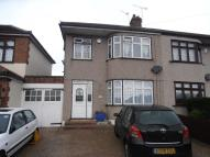 Eastern Avenue East semi detached property to rent
