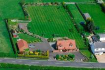 4 bed Detached house in Hinckley Road, Wolvey