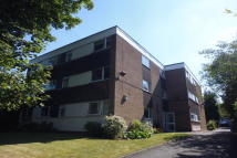 Flat to rent in Highfield Court, Moseley...