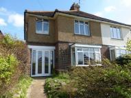 4 bed semi detached property in CLOSE TO TOWN CENTRE &...