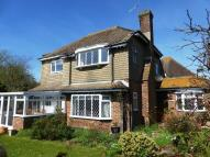 4 bed Detached property in CLOSE TO TOWN CENTRE