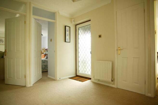 Hallway_7524.jpg