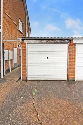 RESF-DY-garage.jpg