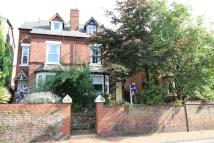 4 bed semi detached house in Derby Road, Stapleford
