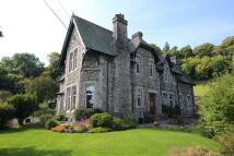 4 bedroom semi detached home for sale in Benson Garth...