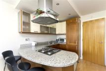 2 bed Flat in 1 Fanshaw Steet, London
