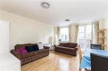 Flat to rent in Old Street, London