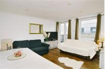 Flat to rent in 70 - 72 Old Street...