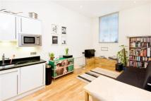 Flat to rent in 90 Banner Street, London