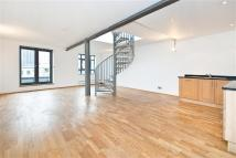 Flat to rent in 5 Garrett Street...