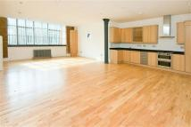 1 bed Flat to rent in Shepherdess Place, Hoxton