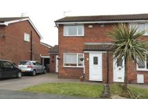2 bed semi detached house in Chedworth Drive, Widnes