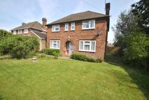 3 bed Detached home in Woodcote Road...