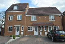 Town House to rent in Barley Gardens, Winnersh...
