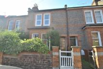 Terraced house to rent in Hemdean Hill, Caversham...