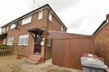 3 bedroom semi detached house in Star Road, Caversham...