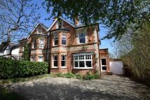 6 bedroom semi detached house in Kidmore Road...