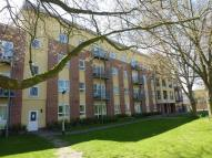 Flat to rent in Caversham Place...